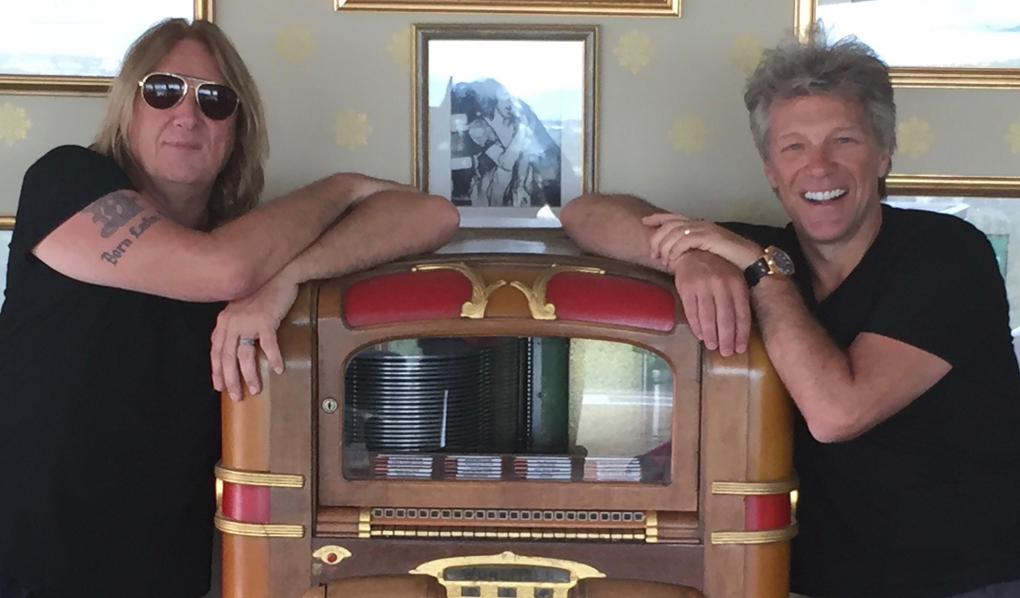 Joe Elliott Jon Bon Jovi July 2016